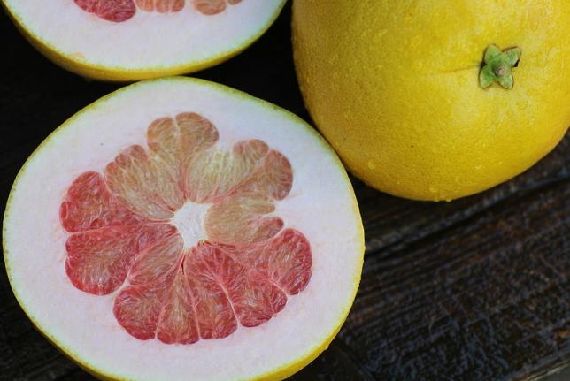 Помело польза вред ✨ Зачем фрукт помело в рационе 🍔 кулинарный ... | 431x644