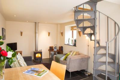 Holiday Cottage - THE MEWS - for 2 people