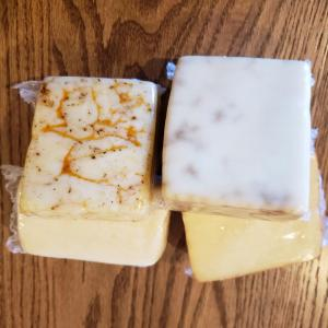 Raw Chilapeno Cheese - 8 oz